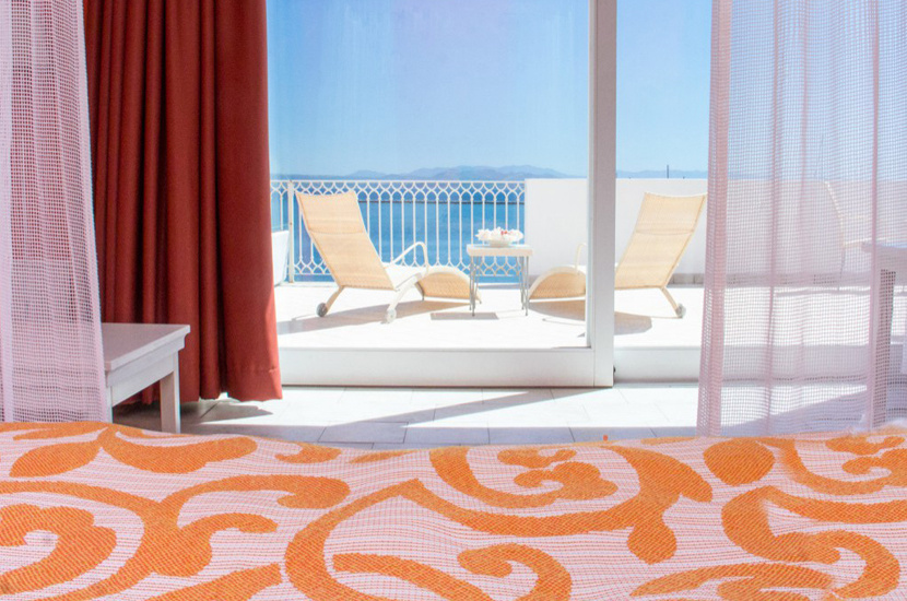lu_hotel_riviera_830_01