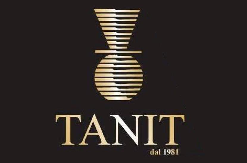 tanit_830