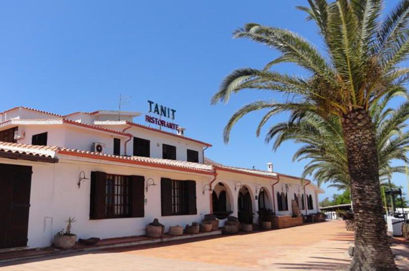 tanit_hotel_830